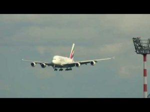 Landeanflug Flughafen Düsseldorf mit A380