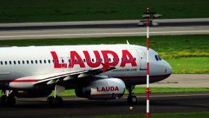 Flugzeuge auf Düsseldorf Flughafen