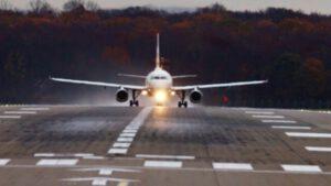 Flugzeug Start vom Flughafen Düsseldorf