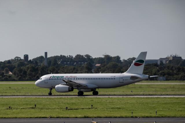 Airbus A320-200 am Flughafen Düsseldorf