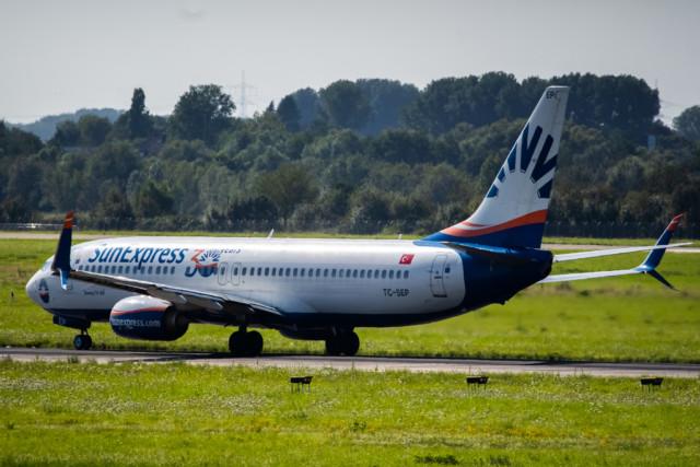 SunExpress Boeing 737-800